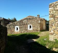 El Arquillo o la Villa de El Arco, la aldea abandonada